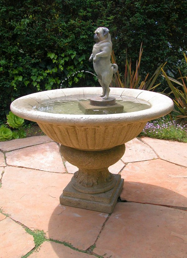 pug_fountain